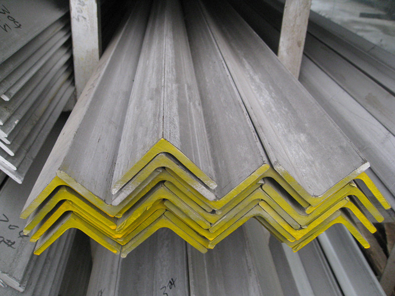 Stainless steelangle bar,stainless steel 303 angle bar cold rolled on stock