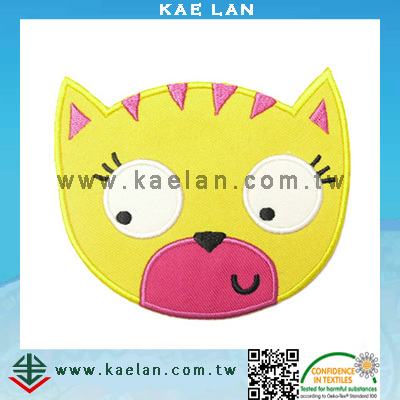 Kids cartoon embroidery designs iron on applique design embroidery patch for clothing