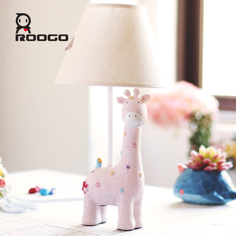ROOGO cheap bedroom decoration lighting pink giraffe table lamp for home use