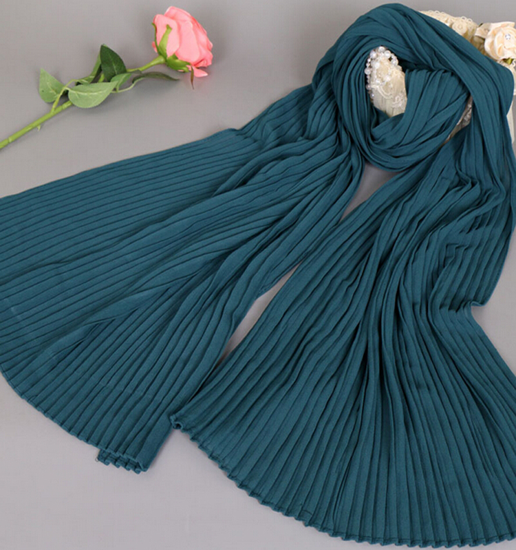2017 new design national style hot selling hijabs muslim dubai head scarf pearl fold cotton scarf