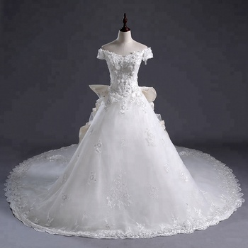 Custom Made Luxurious Long Train Lace Applique beaded  Wedding dress  off shoulder appliqued ball gowns  2018 bridal gowns