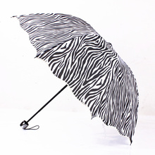 DM 595 China suppiler wholesale black zebra-stripe folding umbrella wavy edge arch Princess umbrella
