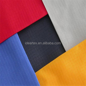 100% Nylon Breathable Down Wear Fabric With Oil Cire