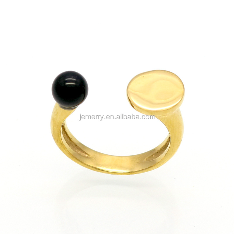 Graceful Wedding Ring 6mm Freashwater Pearl And Black Agate Stone Nail Openings Latest Gold Ring Designs For Girls