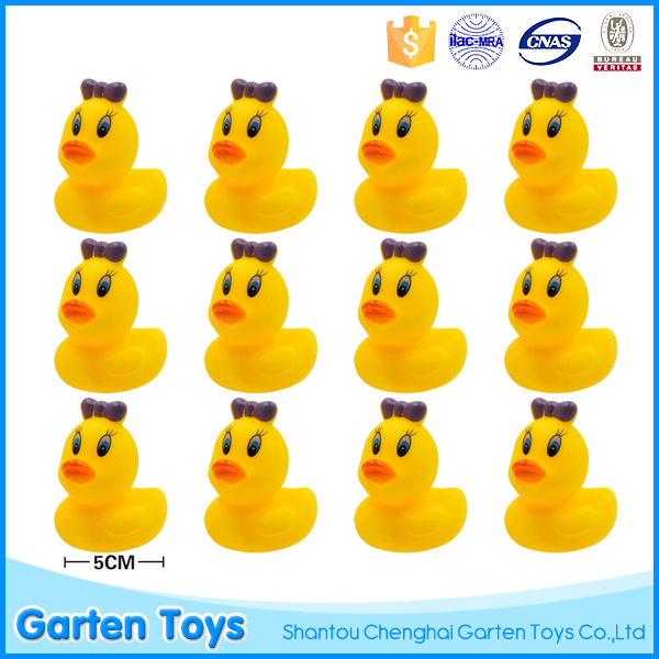 Soft bath animal toy promotional floating rubber race duck