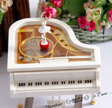 Ballet Music Box Gift of Valentine's Day Dancing Girl Piano Musical Box
