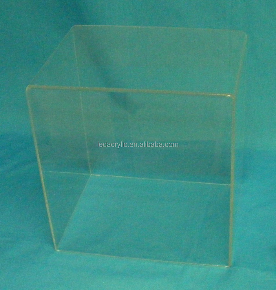 Acrylic Display Case/Dust Cover