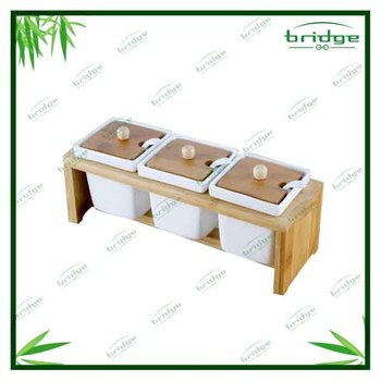 square bamboo base with Ceramic spice jar