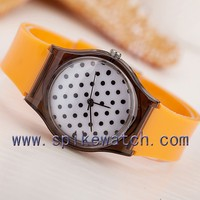 Korean fashion style students promotional plastic round dots custom quartz watch