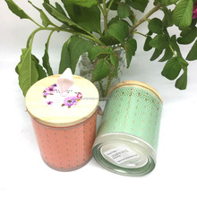 Customed Luxury Brand clean burning soy wax scented candle in glass jar with wooden lid wholesale