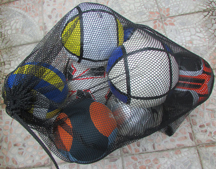 Drawstring mesh soccer ball bag