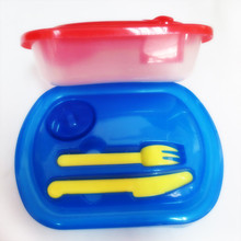Air-Tight Plastic Food Storage Containers With cutlery set