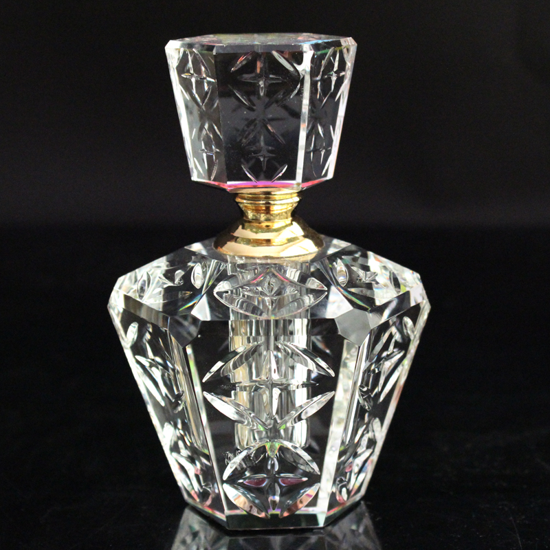 2017 high quality perfume & essential oil & nail polish bottles by crystal
