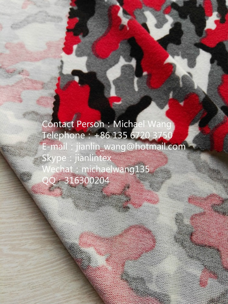 Knitted hollow fabric of coarse needle 100%T polyester color jacquard coarse needle fabric dress hollow knitted fabric