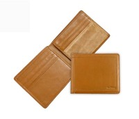 Bifold men wallet made of vegetable tanned leather