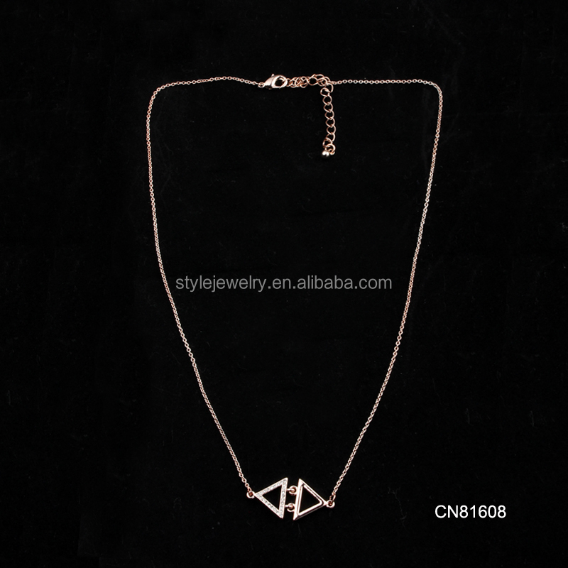 CN81610 Now best selling collection simple 14k gold triangle necklace choker necklace
