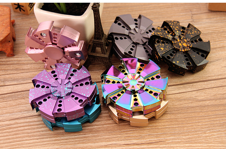 Factory Direct Sales Stress Relase multicolor antianxiety metal fidget hand spinner