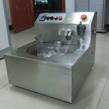 2017 Hot Sale handicraft professional small chocolate tempering machine(ZQ-MM08)