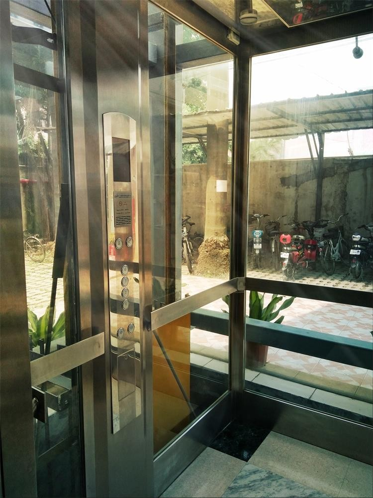 Size for small elevator size cheap price 2 person indoor for Cheap home elevators