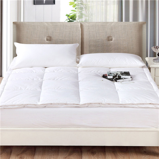 Cost Effective Hypoallergenic Ultra Soft with Elastic Band at Four Corners Mattress Pad - Jozy Mattress | Jozy.net