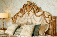 Royal Italian Style Floral Handcarved Gilded Solid Wood King Size Bed with Small Post BF11-12283a