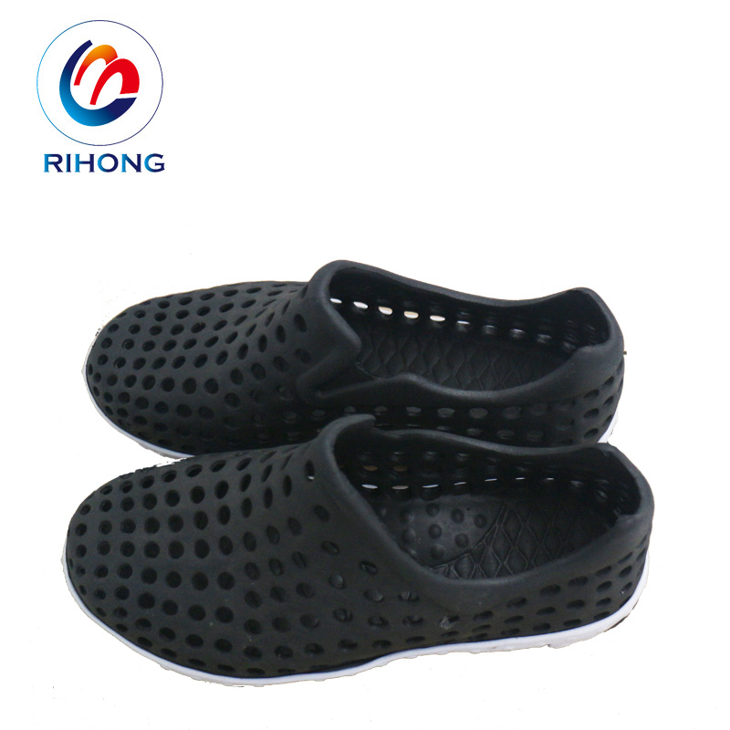 68429952473c50 China Stock Clog