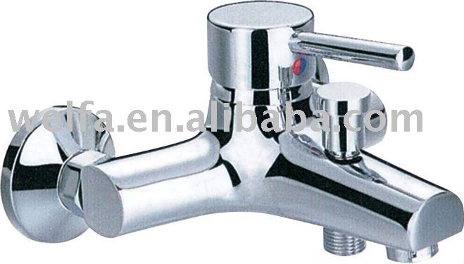 Single Hole Brass Chrome Plated Lavatory Faucet