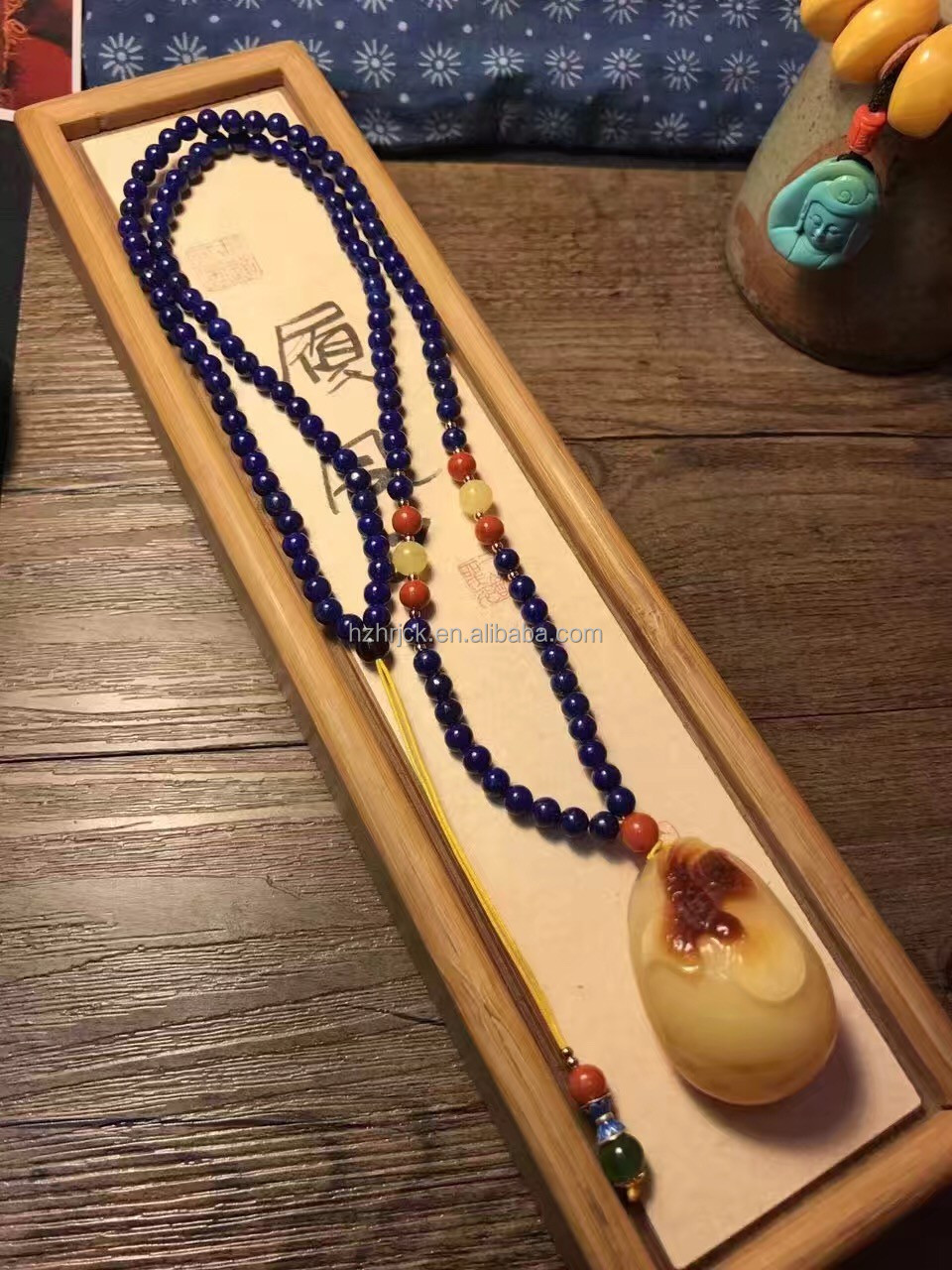 2017 latest design blood amber necklace green jade dark blue beads necklace jewelry latest design beads necklace