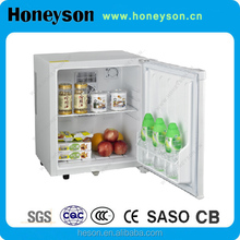 Hotel room product thermoelectric mini bar without freezer