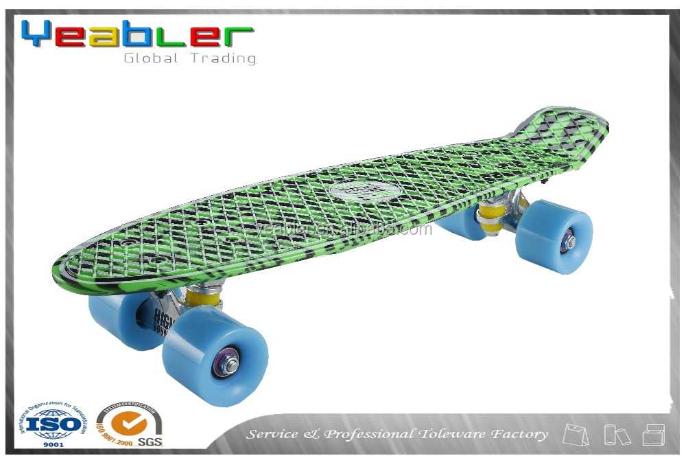 Christmas gifts fiberglass skateboard low price for kids