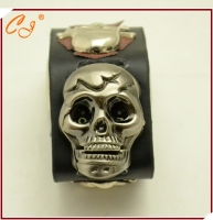 Fashion Punk Style Skulls Clamshell Bracelet Watches Sourcing