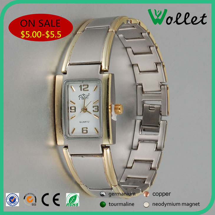 Luxury fashion vogue ladies custom stainless steel watch inserted rhinestone