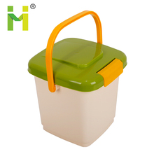 Pet Dog Cat food storage container 10L
