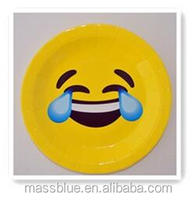 Yellow color paper plate with sunglasses expression