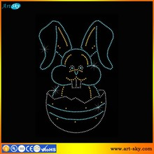 Artsky alibaba supplier best price high quality custom size Easter Bunny iron on rhinestone transfer with egg