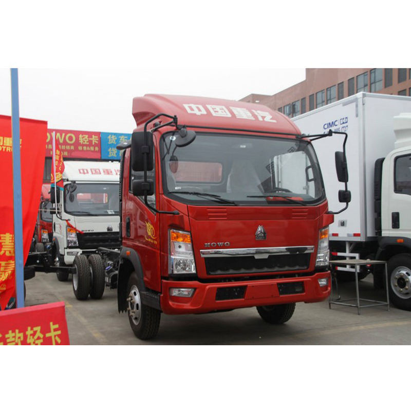HOWO Light Truck 4x2 3-5 tons Cheap Price