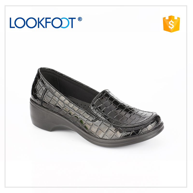 low price most elegant pictures of women flat shoes professional