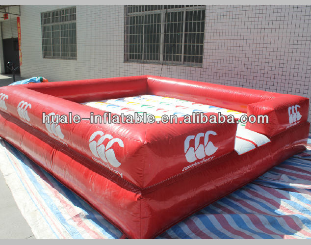 Funny outdoor inflatable sport game/giant inflatable twister games
