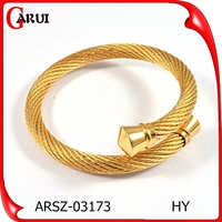 Hot 2015 fashion bangles jewelry girls latest pure gold bangles/