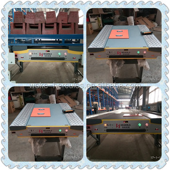 Radio shuttle runner for ASRS storage system