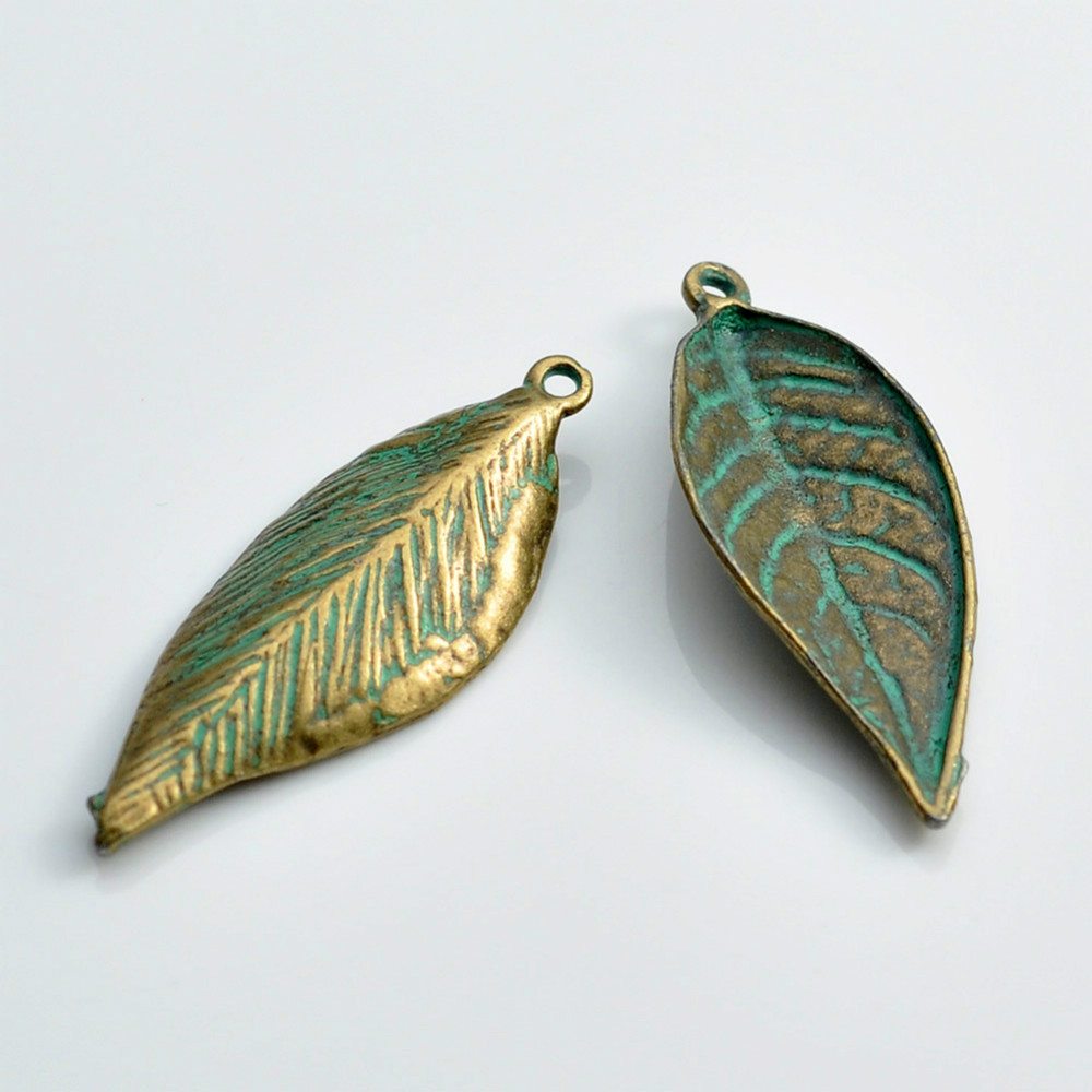 1000pcs Leaf charms Novel New antique Green DIY Necklace Jewelry Vintage Pendants A18828