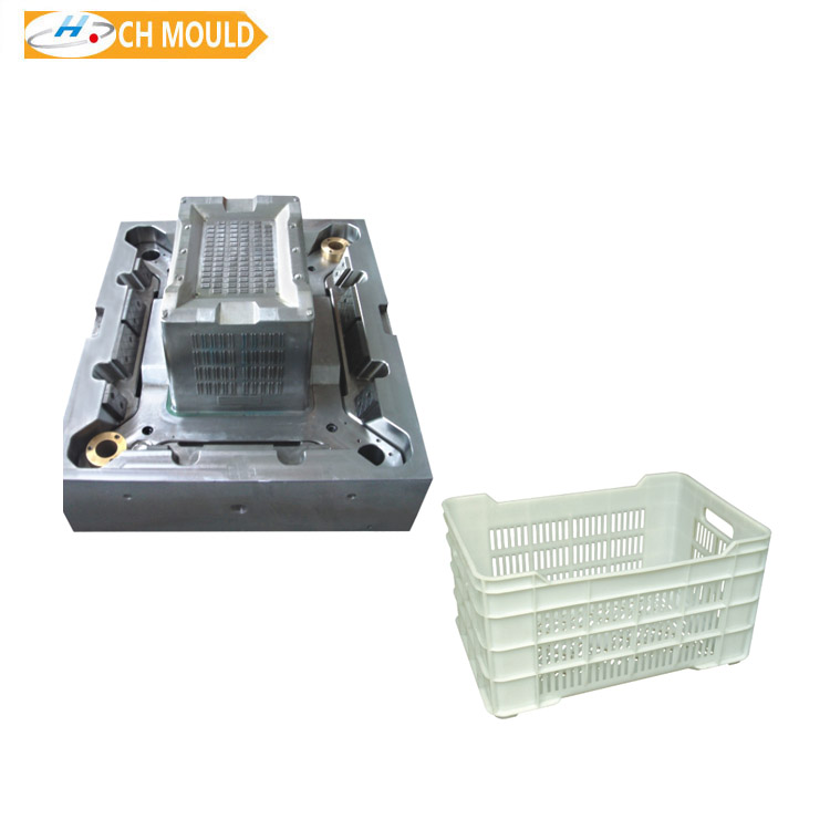 Plastic crate injection molding
