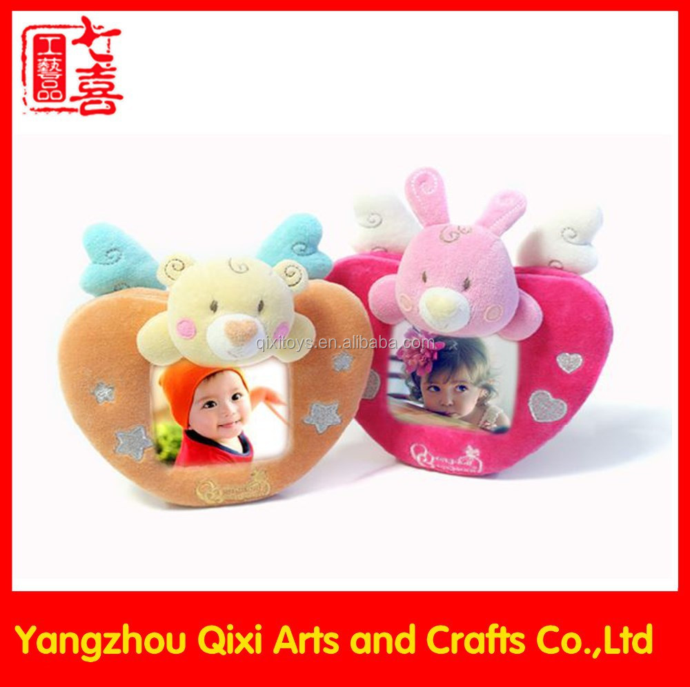 China handmade baby 12 month heart shaped love plush toy photo frame