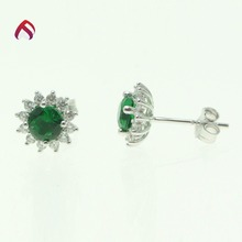 green emerald glass stud earring 925 sun silver jewelry with good price