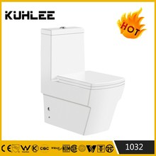Chaozhou manufacturer bathroom sanitary ware Italian hot sale ceramic toilet wc water closet