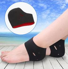 2017 High quality soft men and women heel pain relief anti cracking black heel sock