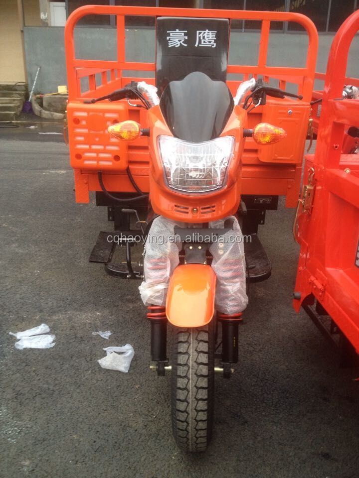 Classic DAYUN Hydraulic Dumping Cabin Nigerian Tricycle For Cargo Use