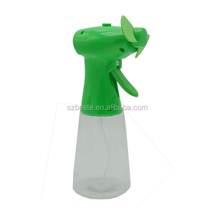 Hot selling fashion plastic handy fan mini water spray fan water fan