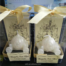 2017 new design elegant bridal shower Wedding favor Cinderella Carriage Candle