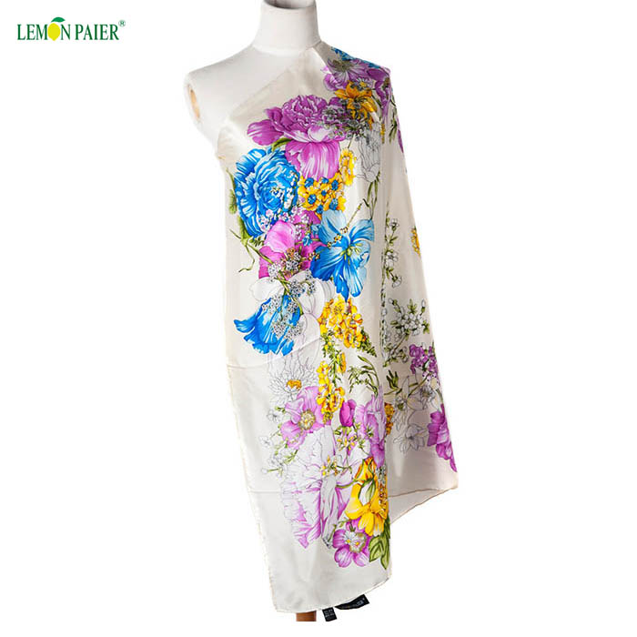 Free Sample low moq floral printed wholesaler Women Scarves